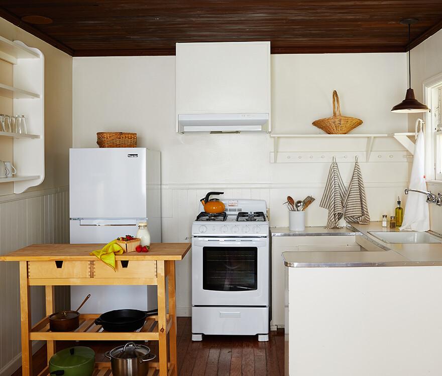 Cottage 8 Kitchen