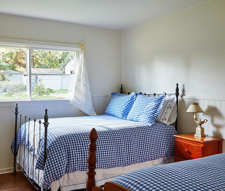 Cottage 9 Bedroom 2